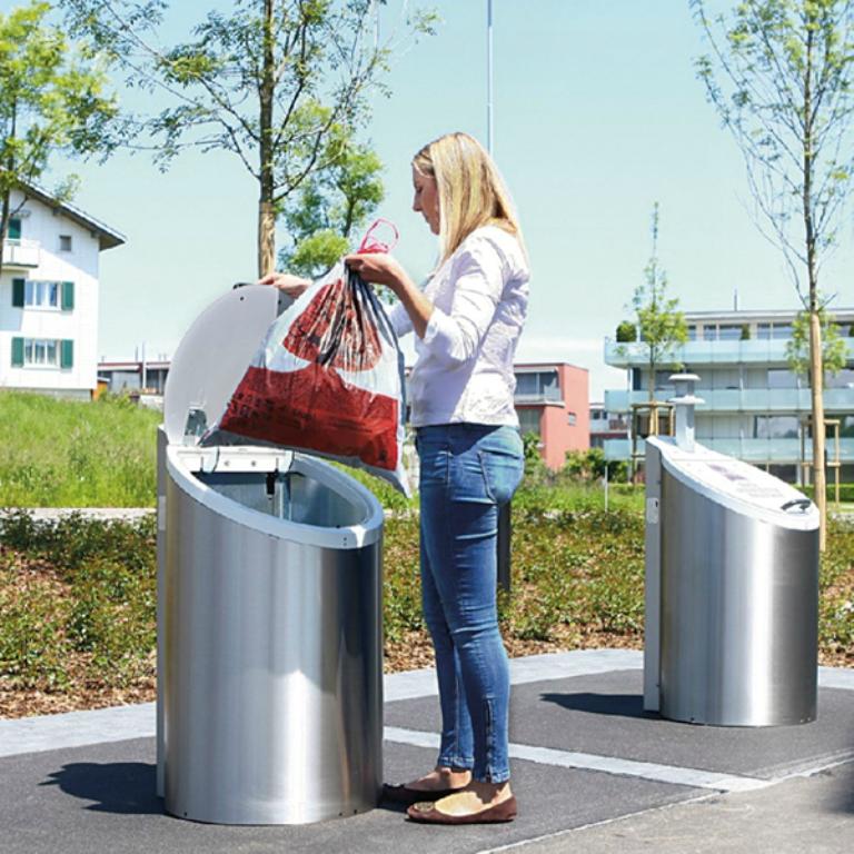 Без дна: в Швейцарии установлены мусорные баки, которые никогда не наполняются