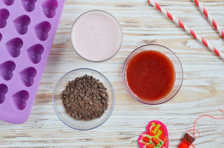 Необычные клубничные конфеты с йогуртом: простой рецепт вкусного десерта