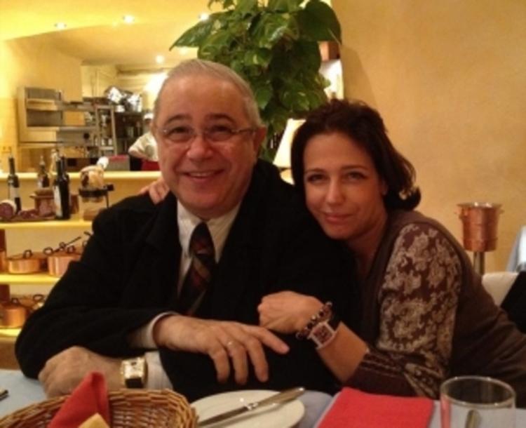 После возвращения дочери в Россию Евгений Петросян полностью прекратил с ней общение