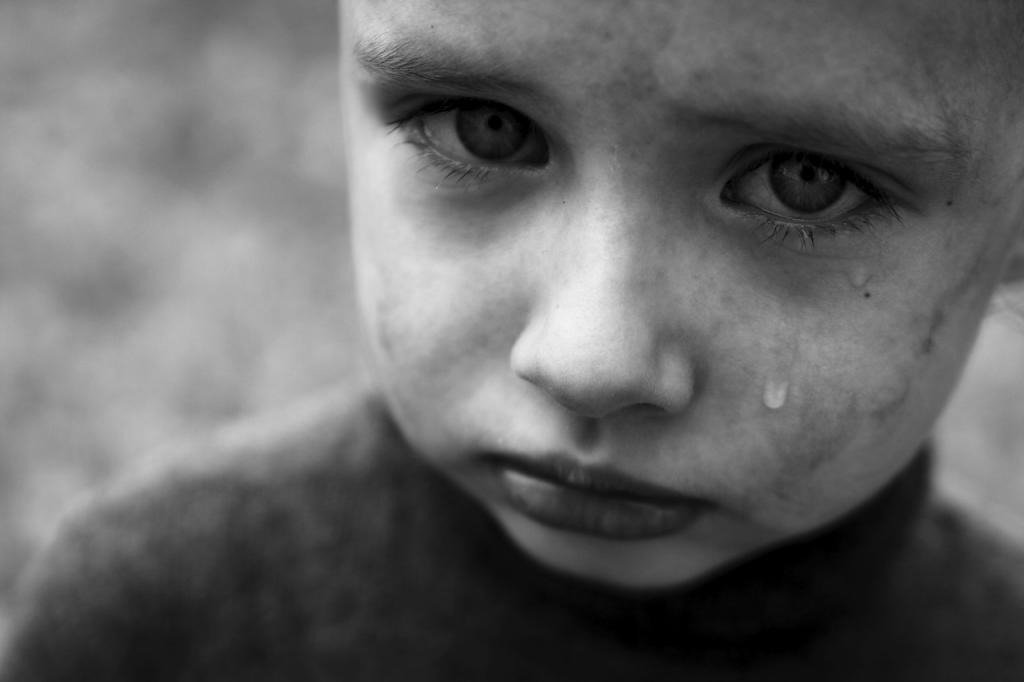Уважайте их эмоции: психологи объяснили, почему нельзя запрещать мальчикам плакать