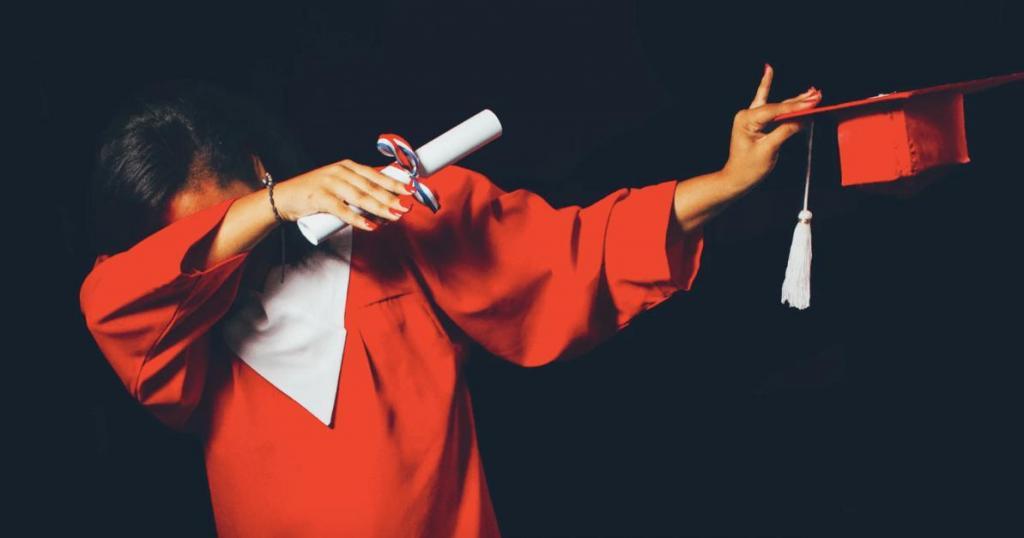 Требования к кандидатам постоянно меняются: психолог объяснила, почему не стоит гнаться за дипломом отличника