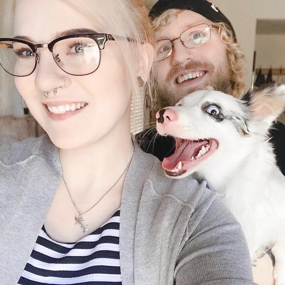 Девушка в первый раз взяла свою собаку в супермаркет: фото