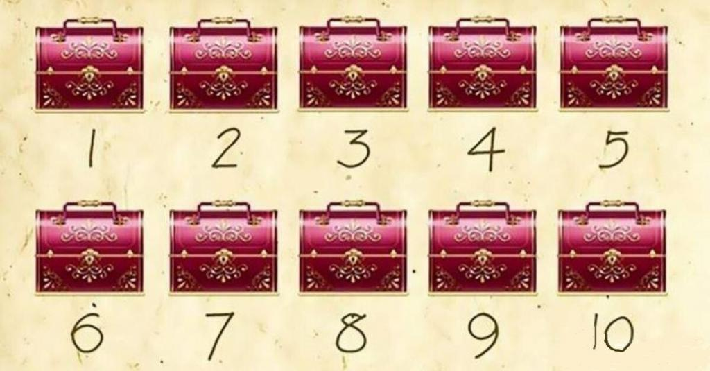 Проверьте интуицию: перед вами 10 сундуков, и только в трех спрятано золото (я не нашла)