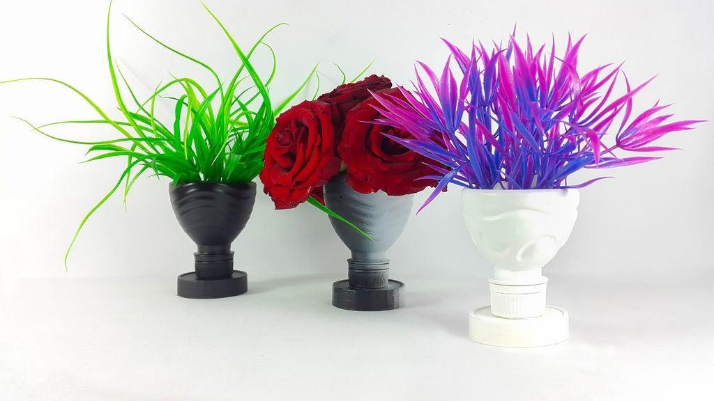 Некуда ставить цветы? Делаем симпатичные вазочки из пластиковых бутылок