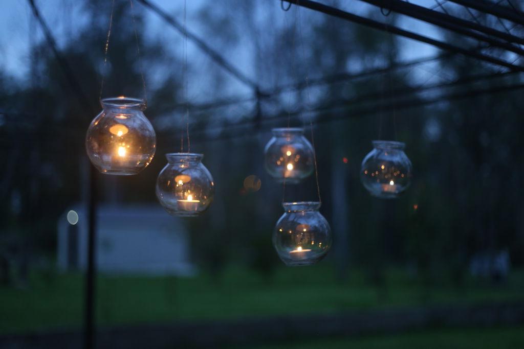 Подсвечники, которые создадут уют во дворе и в доме: пошаговая инструкция