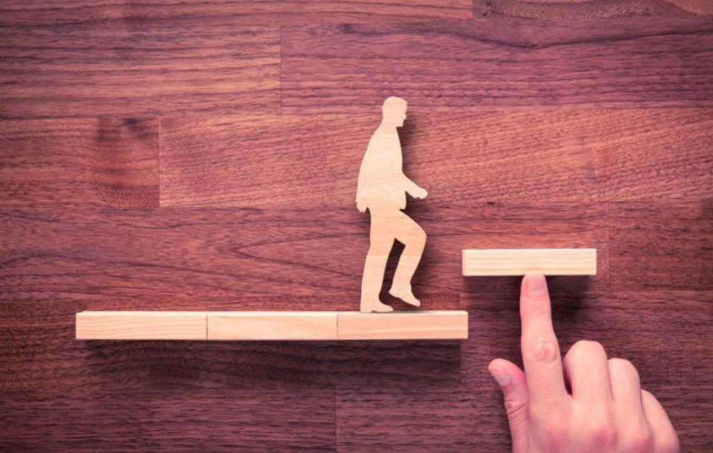 Неспособность наслаждаться маленькими победами, а также другие признаки самокритики, которая разрушает нашу самооценку