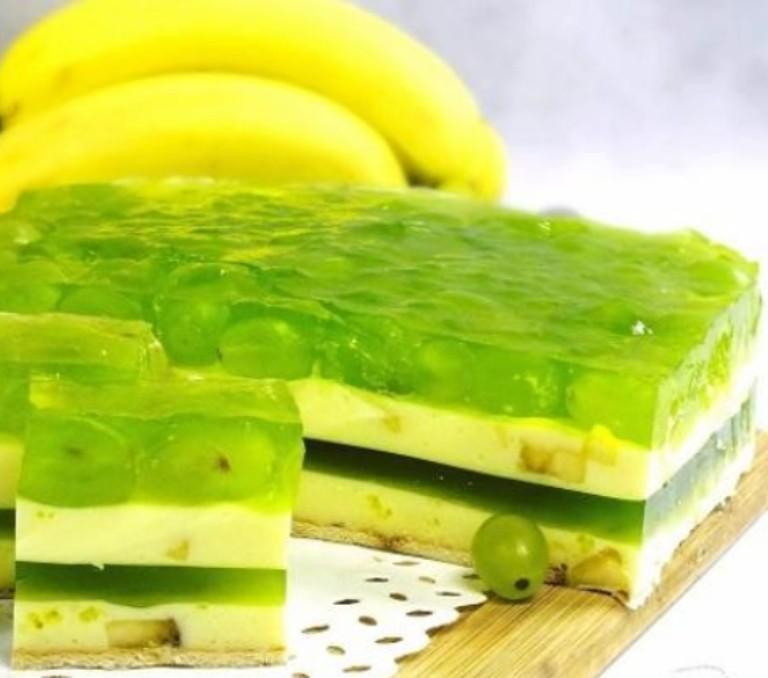 Бананово-виноградный десерт. Яркое пирожное поднимет настроение в пасмурные дни