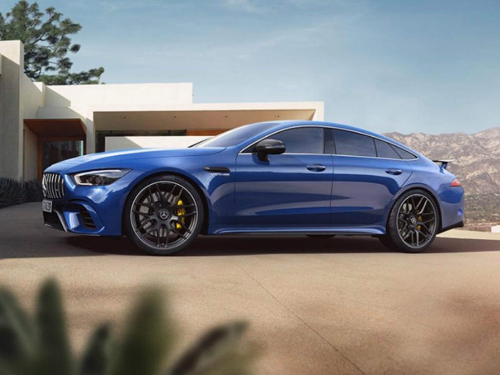 Mercedes покажет свой новый четырехместный автомобиль: компания гордо заявляет, что он самый быстрый в своем классе