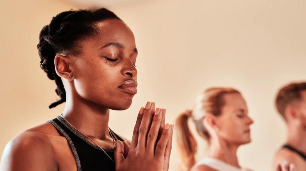 Чем полезно ничего не делать - эксперты рассказали, как медитация меняет рутинную физическую тренировку