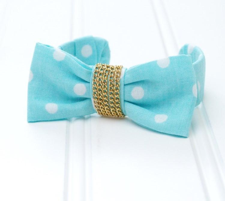 Сочетание милого бантика и металлической цепочки: делаем красивый браслет своими руками