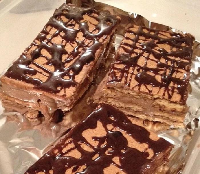 Нежный торт Эклер, для приготовления которого я беру только миску и нож - духовка не нужна (легкий рецепт)