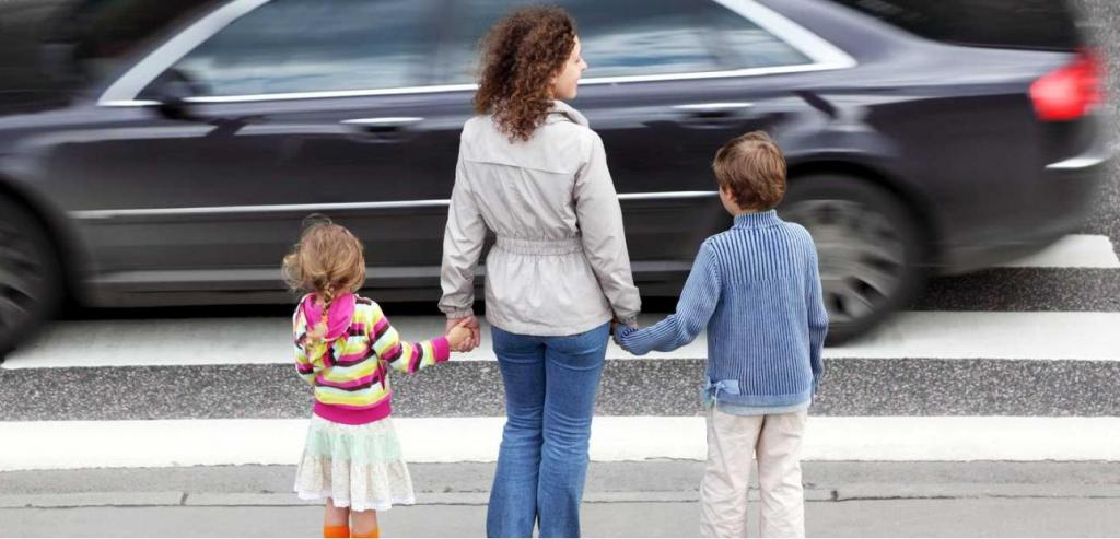 Исследование: владельцы дорогих автомобилей чаще уступают дорогу пешеходам, но пол имеет значение