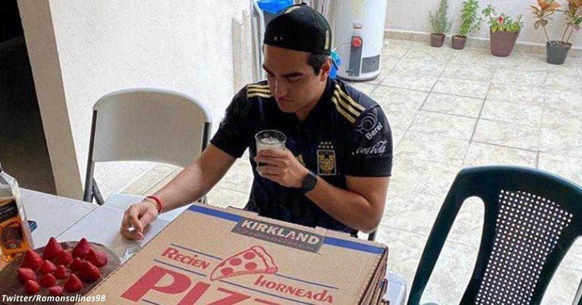 Он заказал на день рождения пиццу, алкоголь и торт. Никто не пришёл