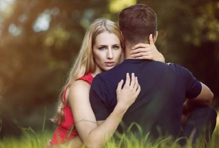 Муж несколько лет изменял и в конце концов потребовал развода. Оказалось, у жены есть для него сюрприз