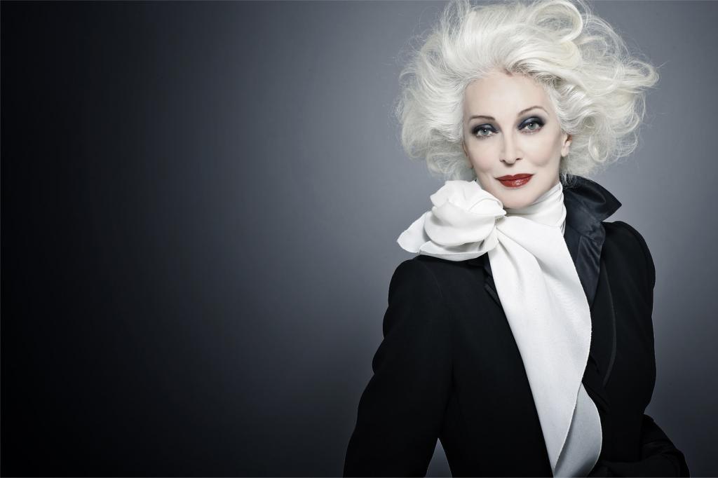 Собирается дожить до 100: как 88 летняя модель Кармен Делль'Орефиче выглядела в молодости (фото)