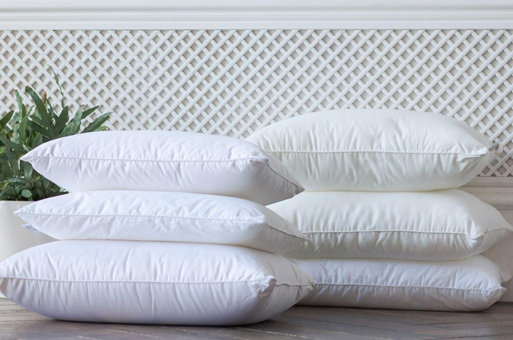 Несколько лайхфаков для повседневной жизни: пышные подушки и овсянка для цветов