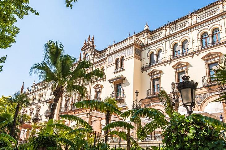 Где остановиться в Севилье: разные варианты размещения для всех категорий туристов