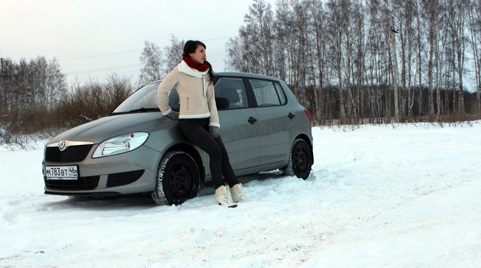 На заснеженной дороге Таня встретила бывшего мужа с женой и ребенком: он просил помощи