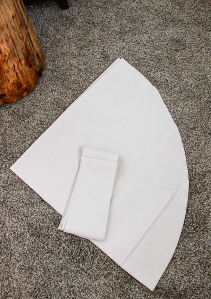 Для порядка в доме и спокойствия мамы: шьем удобный сворачивающийся коврик для игр с мелким конструктором