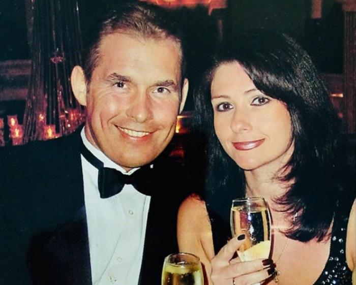Павел Астахов больше 30 лет счастлив в браке с красоткой-женой (новые фото)