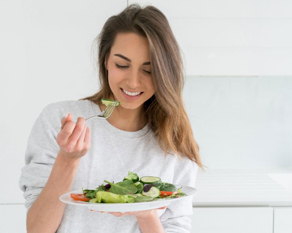 Вы не едите достаточно и другие небольшие ошибки, которые могут привести к набору веса