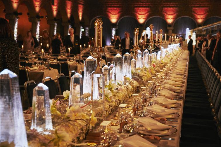 Ресторан в Стокгольме предлагает посетителям яства из меню банкетов нобелевских лауреатов разных лет