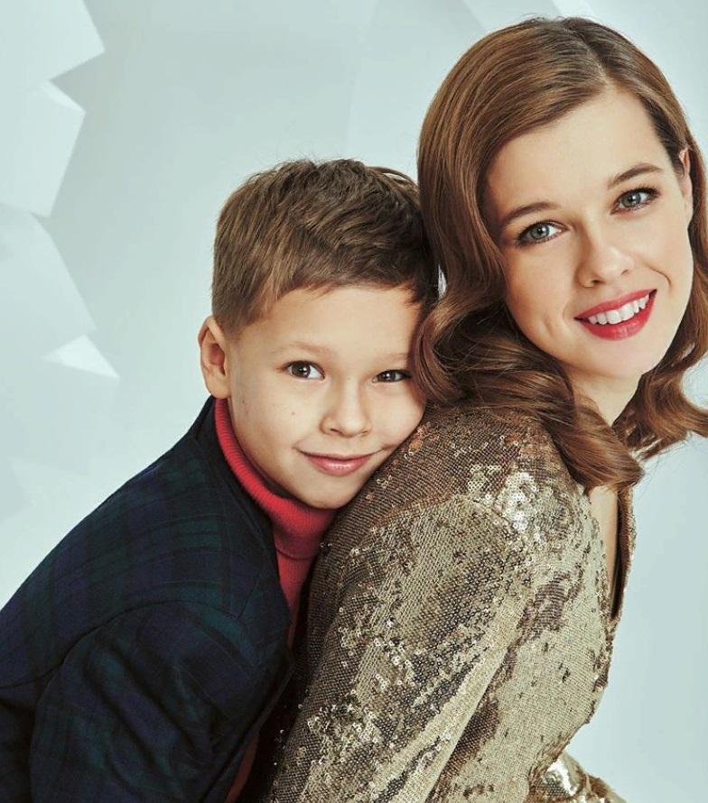 Катерина Шпица стала мамой 8 лет назад. Сынок растет ее копией: новые фото