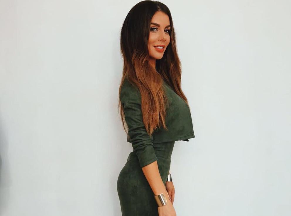 Анна Седокова решила похудеть к майским праздникам, отказавшись от молока и яиц