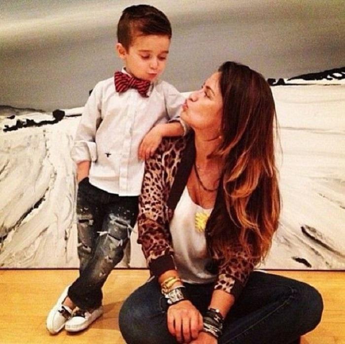 У них нет свекрови и последнее слово за ними: почему хорошо быть мамой-одиночкой