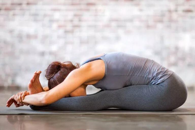 Улучшает подвижность суставов: все, что вам нужно знать о растяжке, и нужна ли она вам