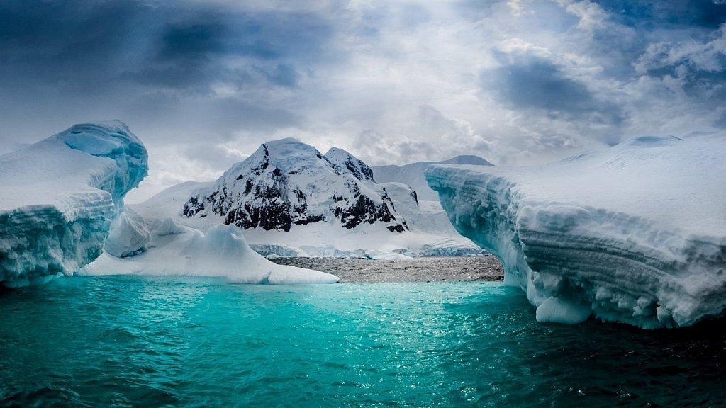 Тепло там, где не должно быть: ученые зафиксировали повышение температуры в Антарктике до 20 °C