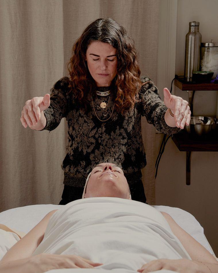Секреты красоты: «нехирургическая подтяжка лица» - Керри Линдси раскрывает секреты омоложения