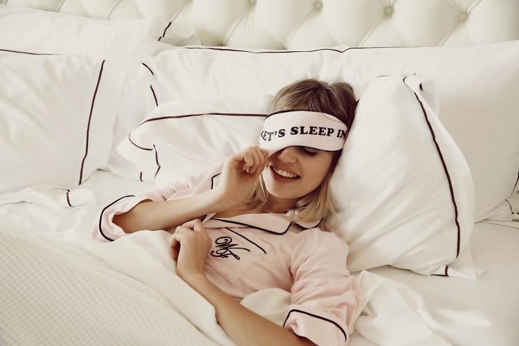 Нельзя спать больше 10 часов в день: утренние привычки, которые провоцируют набор лишнего веса