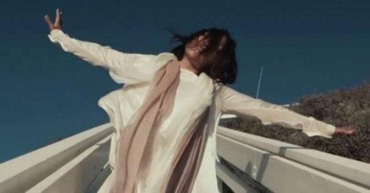 «Там нет меня» — песня и клип, которые пробивают до слез