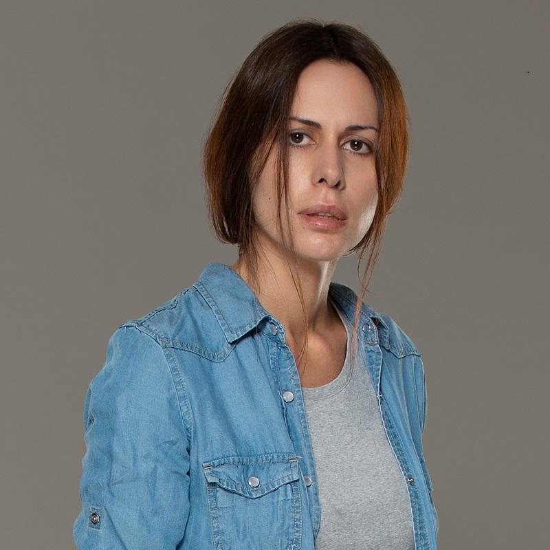 История уборщицы из  Колл центра  взяла за душу: Сабина Ахмедова в обычной жизни красотка (новые фото)