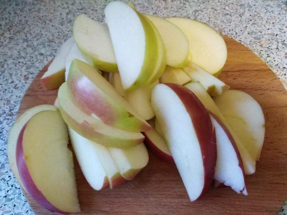 Курицу и пару яблок превращаю во вкусную, очень сытную запеканку (легкий рецепт)