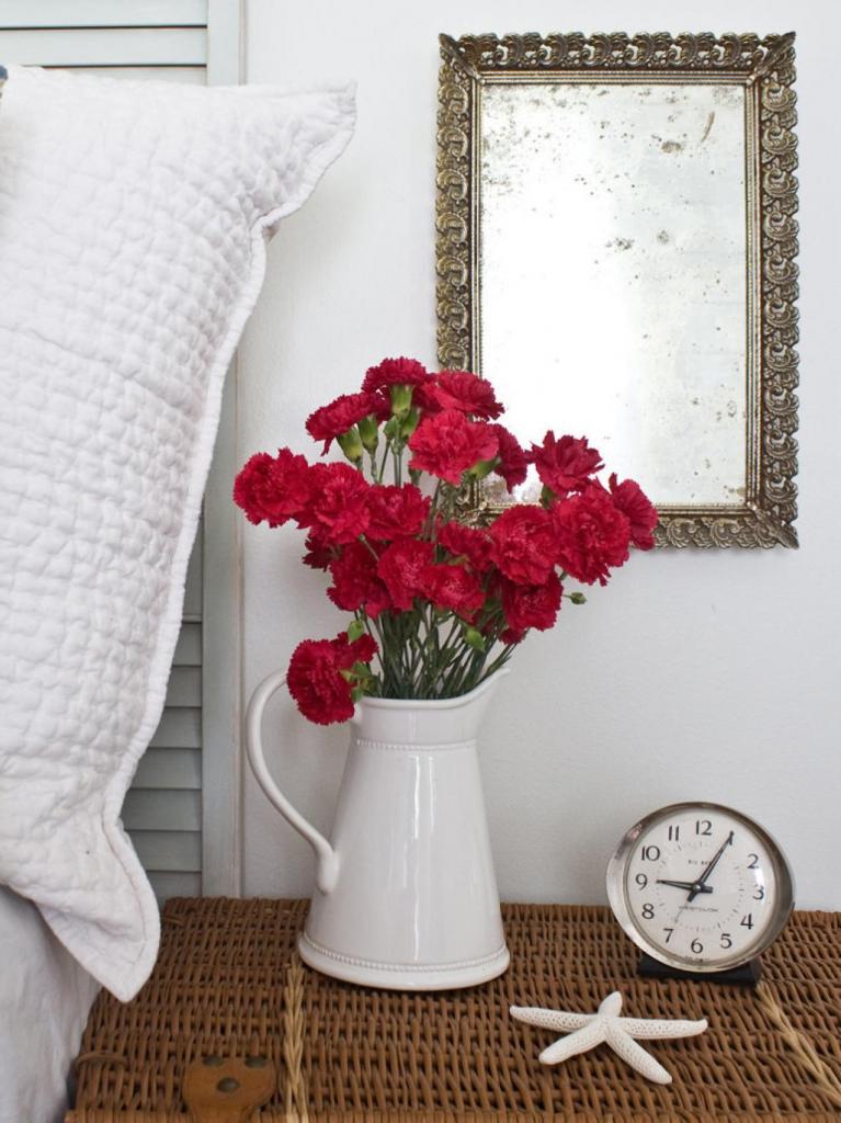 Как самостоятельно состарить зеркало в домашних условиях: выглядит стильно и винтажно