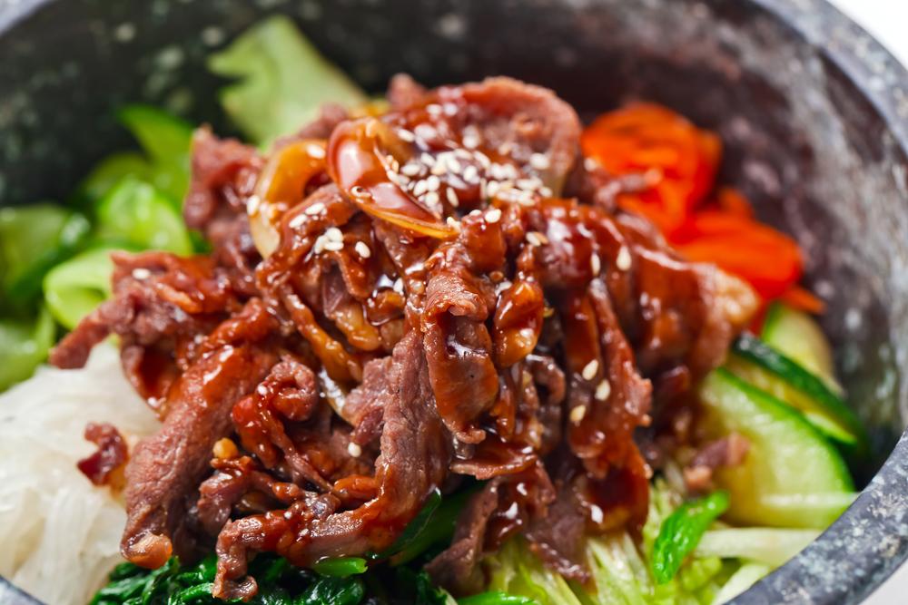 Тетя научила готовить томленую говядину по корейскому рецепту (главное - сделать хороший соус к ней)