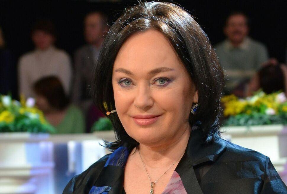 После поездки на машине Лариса Гузеева вернулась домой в плохом настроении и отчитала москвичей в видеообращении