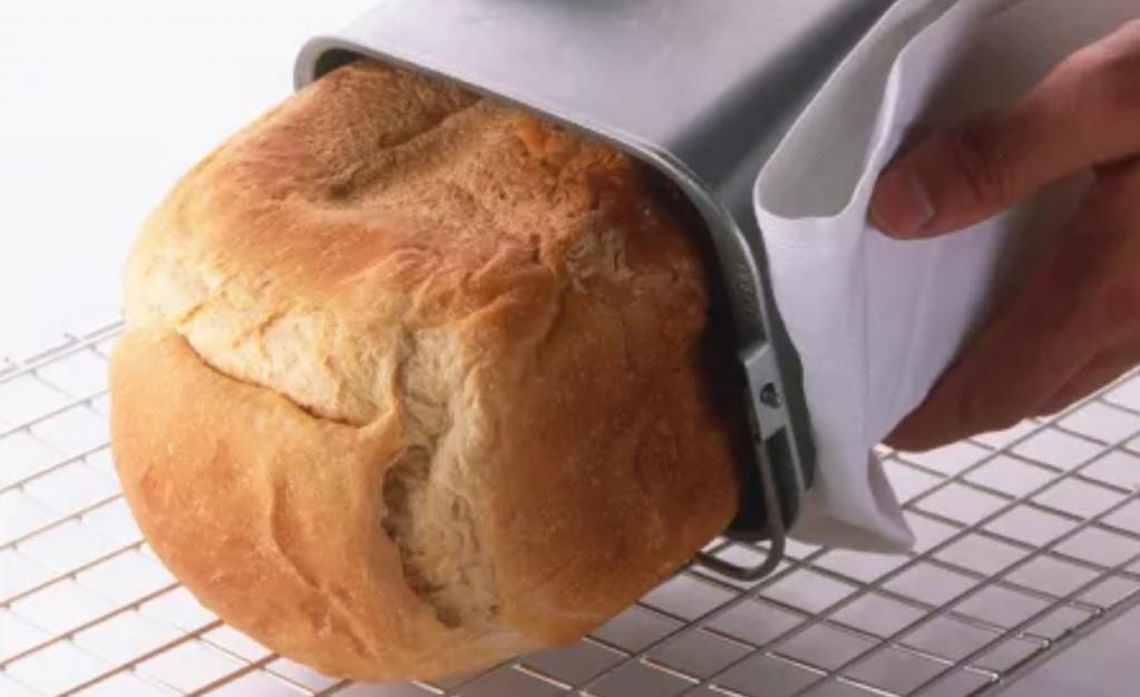 Готовлю оригинальный хлеб с сыром на пиве. Можно использовать хлебопечку