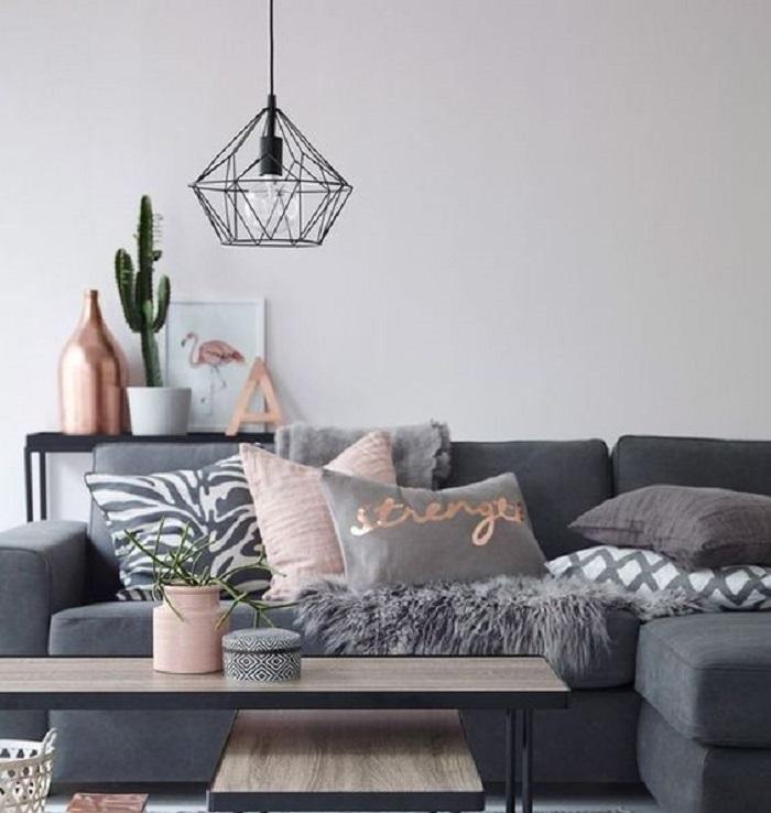 Не только перекрасить стены и передвинуть мебель: мама подсказала, как без особых затрат привнести в съемную квартиру индивидуальность