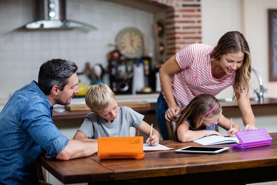 Закрылись дома на неопределенный срок? Семейный график   краеугольный камень порядка в душе и доме