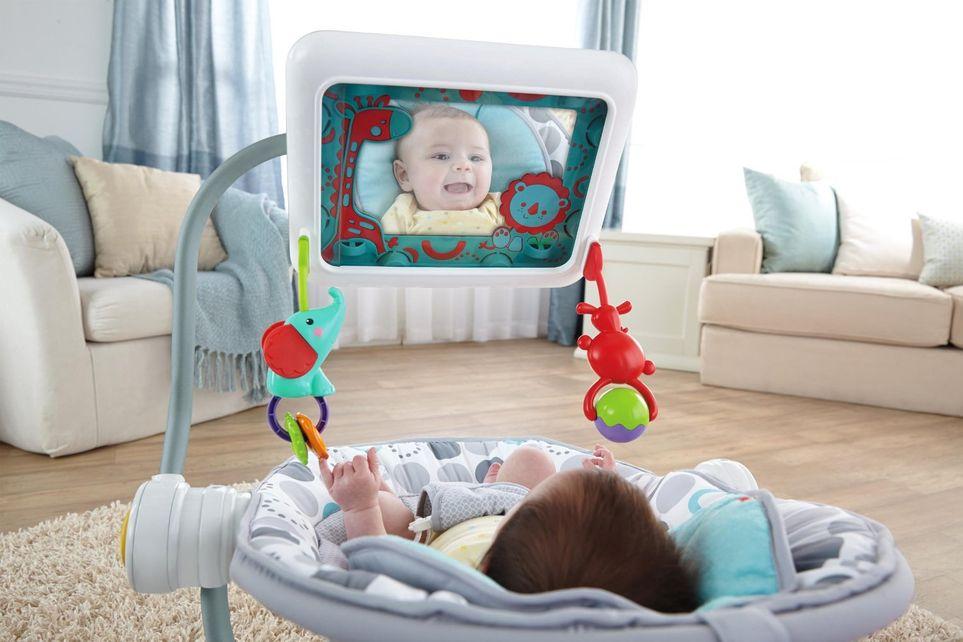 Не давать гаджеты детям младше 18 месяцев: как можно с пользой использовать экранное время