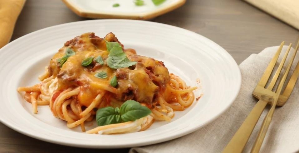 Спагетти на миллион: для них нужны остатки фарша и немного сыра (получаются сытными, сочными и ароматными): рецепт