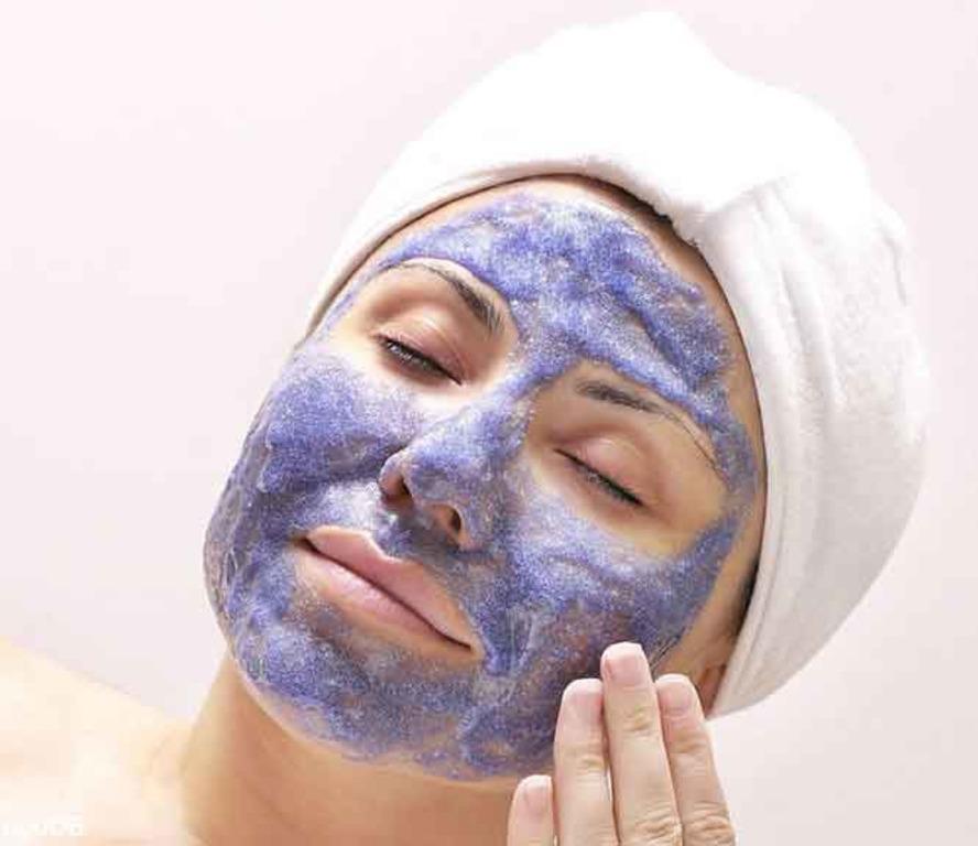 Чернику добавляю не только в выпечку, но и в домашнюю антивозрастную маску для лица (рецепт)