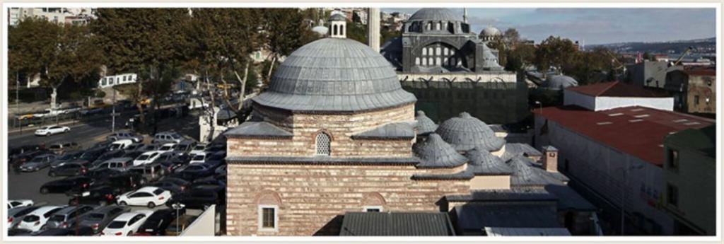 Многовековые бани Стамбула   в Турции после реставрации открыли старинный хаммам 16 го века