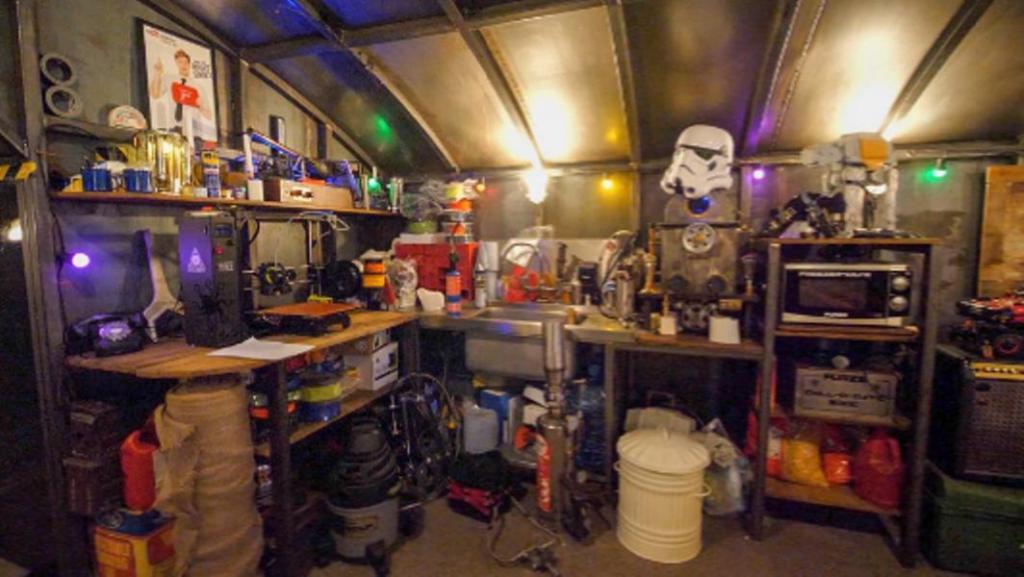 Изобретатель 5 лет создавал бункер для полной самоизоляции: результат многолетних трудов