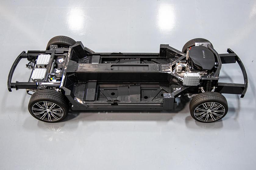 Компания Karma Automotive представила свою новую платформу Karma E-Flex: это может навсегда изменить суперкары