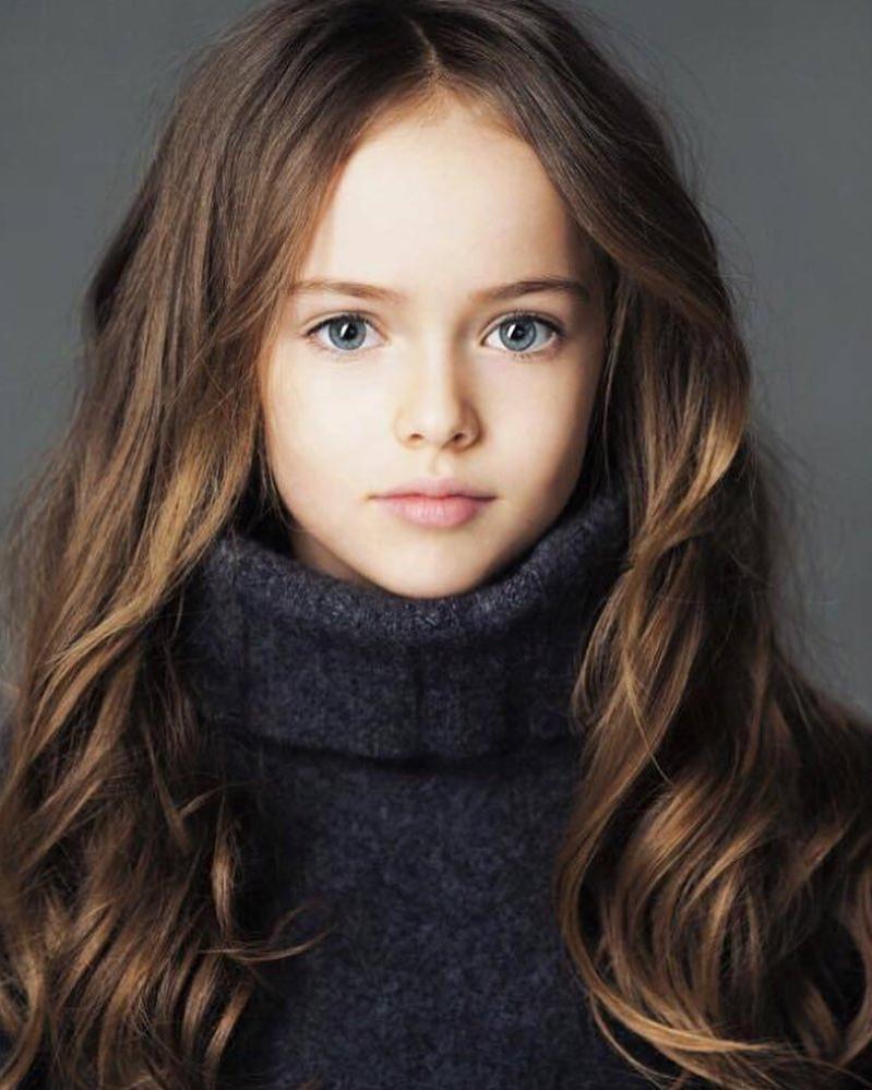 14 летняя  самая красивая девочка в мире  выглядит старше своих лет на новых снимках: но как же она красива