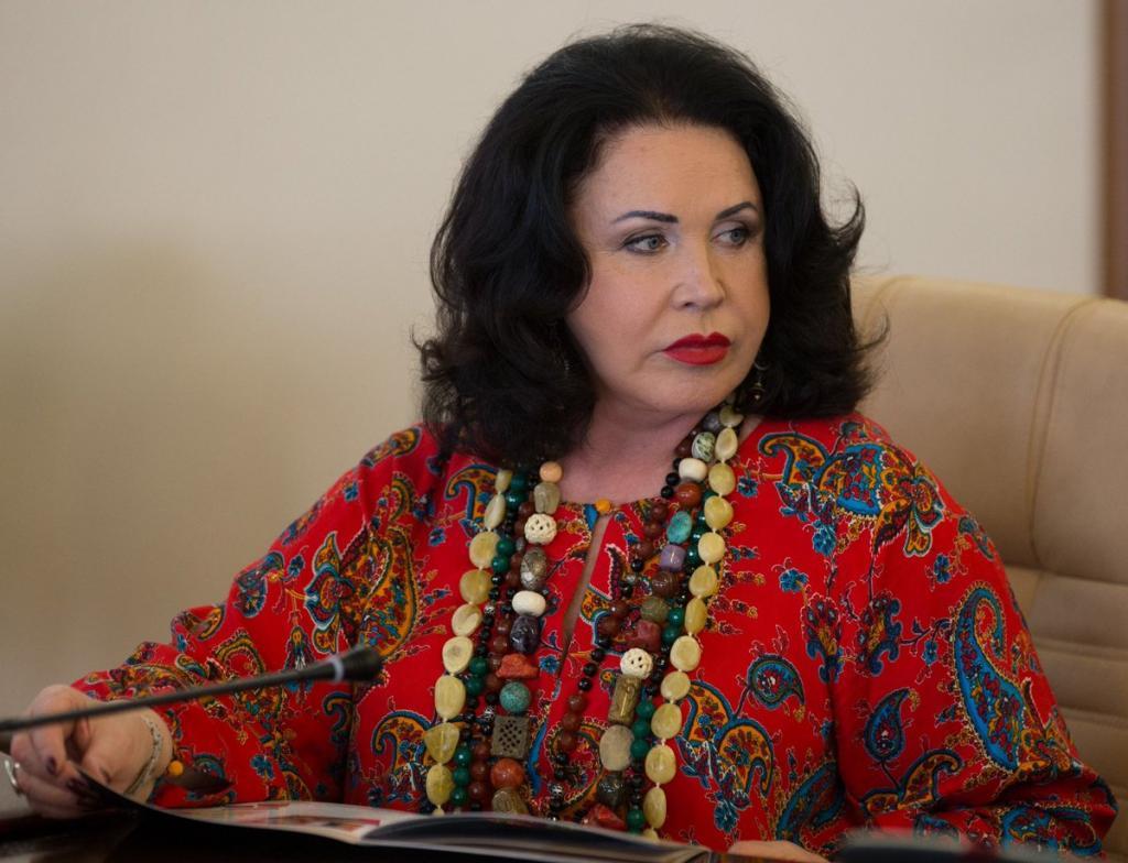 Певицу Надежду Бабкину госпитализировали в больницу с коронавирусом